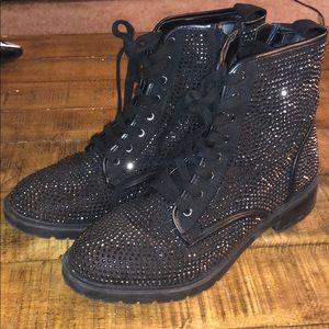 Steve Madden Ozzy boot - S8.5